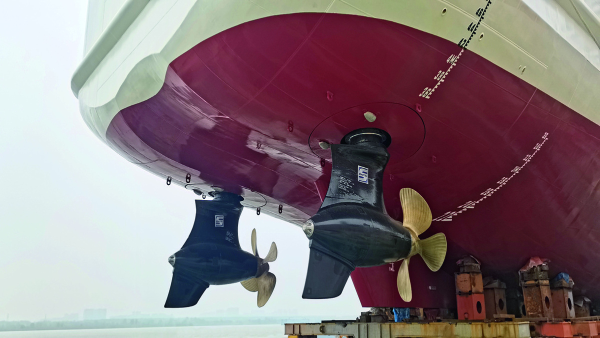 The beacon vessel's main propulsion consists of a pair of diesel-driven EcoPellers type SRE 460 (Source: Schottel)