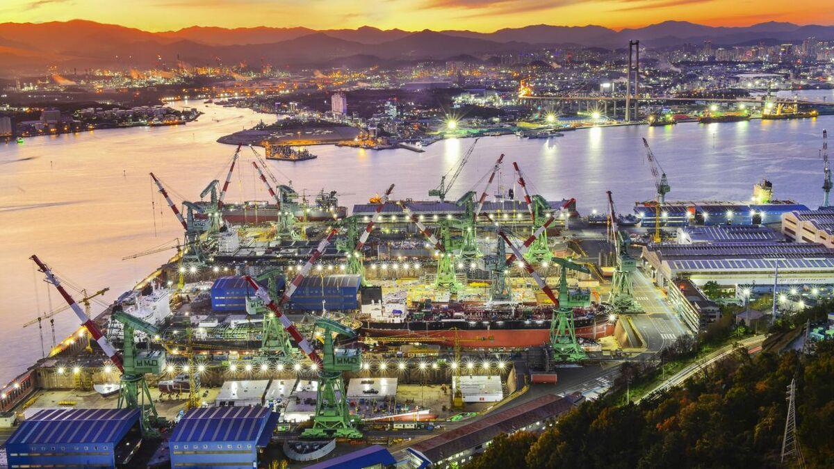 Sinokor Merchant Marine has ordered feeder ships from Hyundai Mipo (source: Hyundai Mipo)