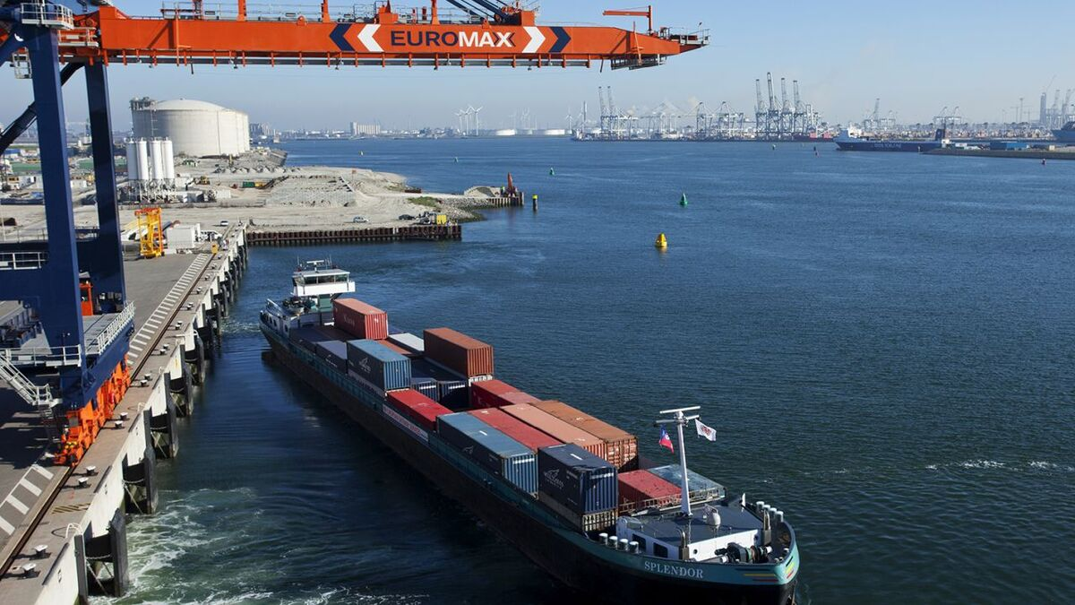 Inland Container Shipping, Port of Rotterdam (source: Port of Rotterdam)