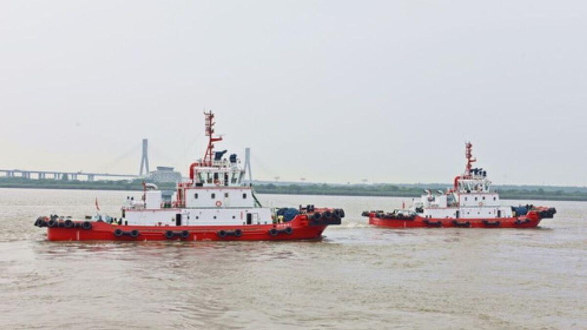 Jiangsu Zhenjiang Shipyard delivered two tugs to Lianyungang Xuwei Port (source: JZ Shipyard)