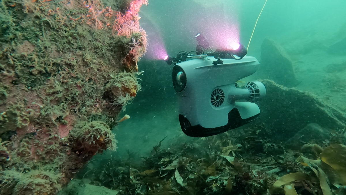 New tools for underwater inspection drone