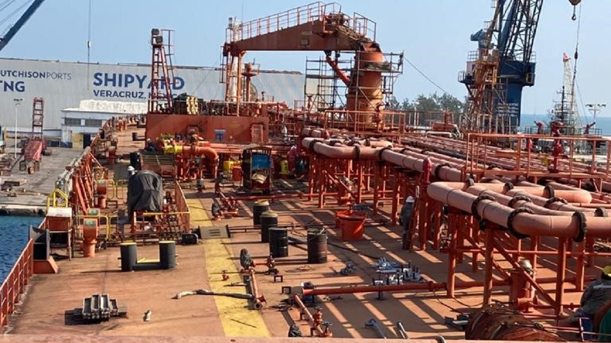 Caroil Transport Marine oil tanker Petion in Veracruz Shipyard in Mexico (source Thordon)