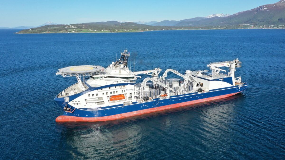 Cable-lay vessel Leonardo da Vinci starts sea trials