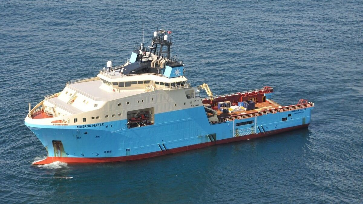Maersk Supply Service will deploy two AHTS vessels to pre-lay anchors for an FPSO in Brazil (source: MSS)