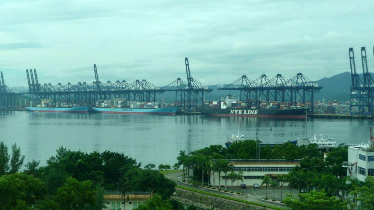 Congestion worsens at Yantian port