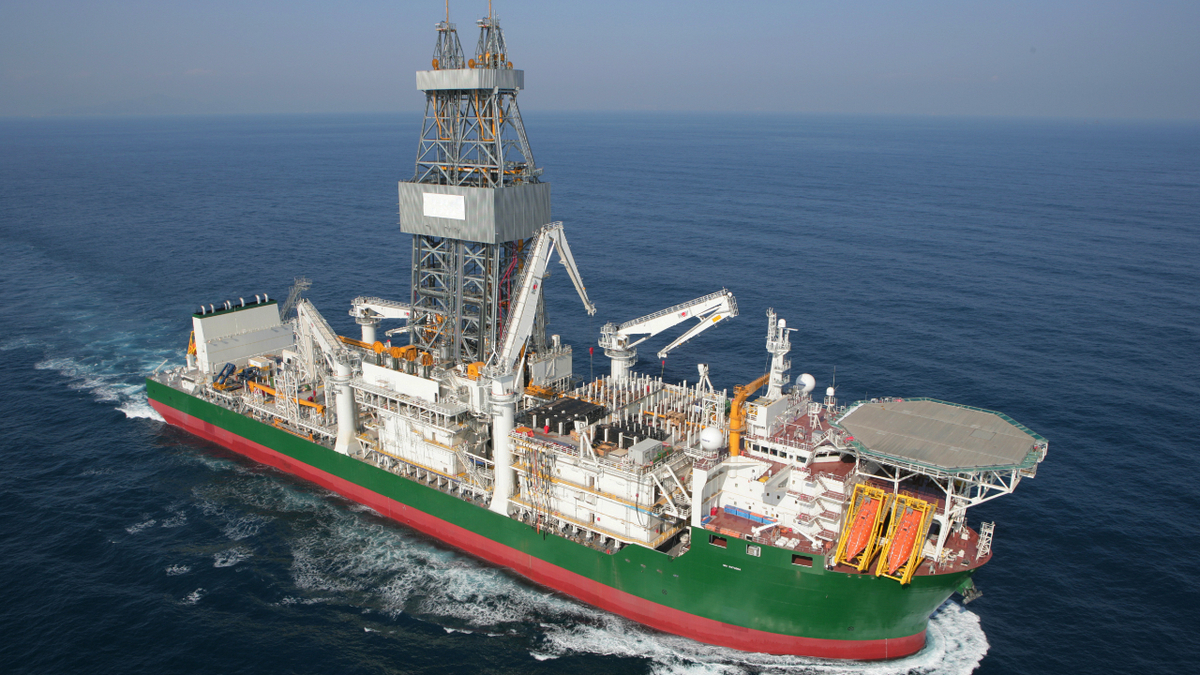 Rigs report: oil pulls back on Delta strain outbreaks, but drilling activity remains elevated