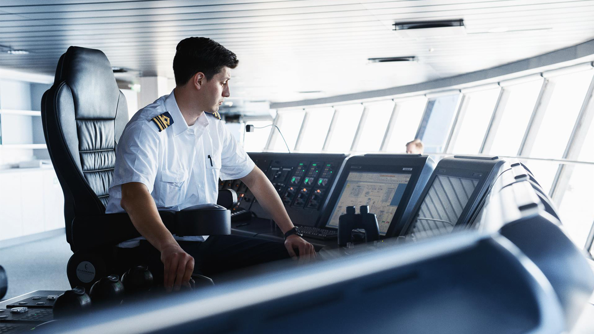 The digital lookout: Helping crew stay alert and aware