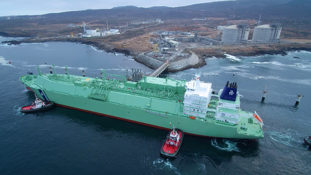 BW Helios delivers Mexico's first carbon-offset LNG cargo to Energía Costa Azul terminal (source: Sempra LNG)