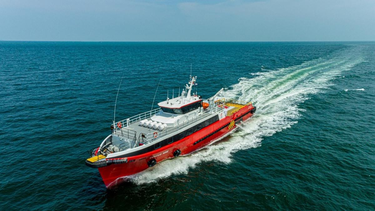 Three Cummins engines power Centus Nine to a top speed close to 32 knots (source: Strategic Marine)