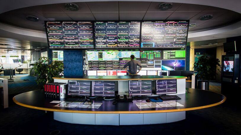 Inmarsat sells fleet satcoms contract portfolio