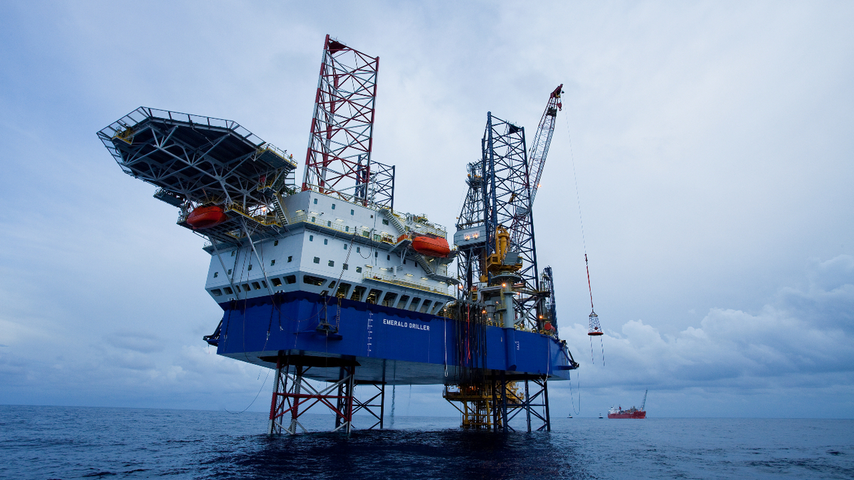 Rigs report: industry 'on the way to recovery', says Vantage CEO