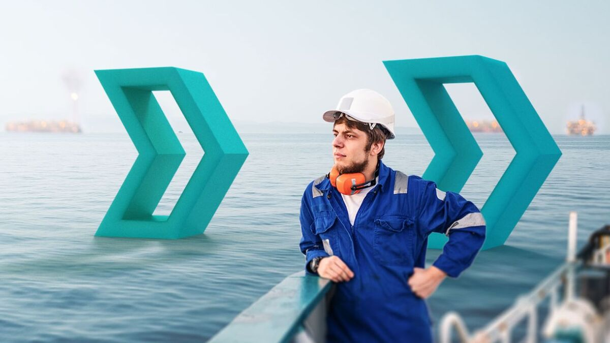 Seafarers need protection from cyber risks and are the first line of defence (source: Speedcast)