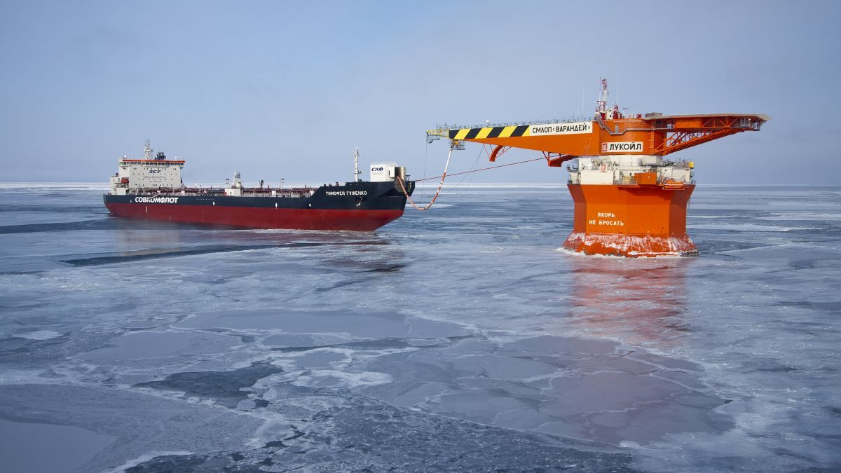 Timofey Guzhenko has delivered the 80-millionth tonne of crude oil from Varandey project (source: Sovcomflot)