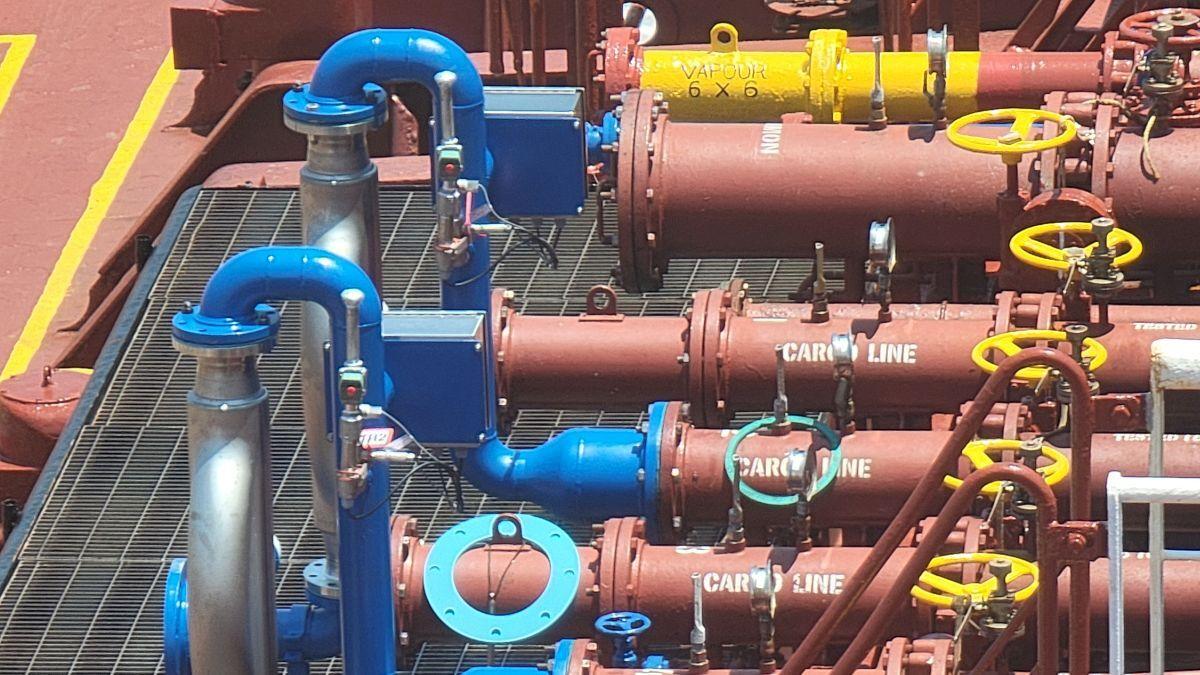 FUELTRAX Coriolis Smart Meters installed on bunkering tanker Bonaire Trader (image: FUELTRAX)