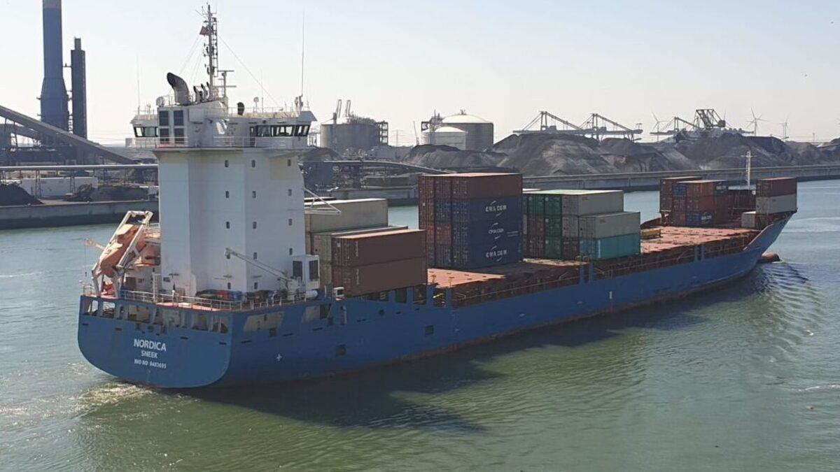 Nordica - a 1,040-TEU feeder ship will have a novel carbon-capture module installed on it (source: Visser Shipping)