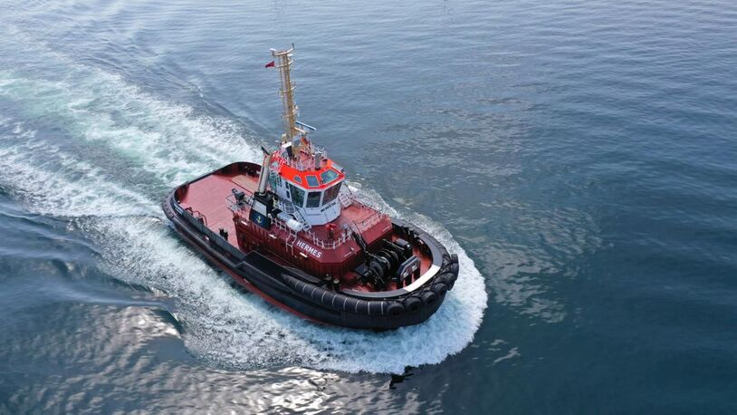 Uzmar completes ice-class hybrid tug for Danish container port