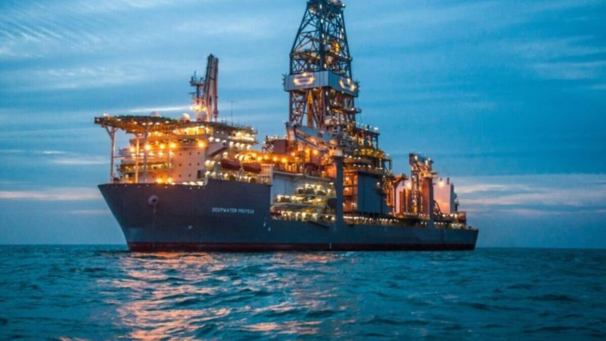 Transocean scores US$252M contract for ultra-deepwater drillship
