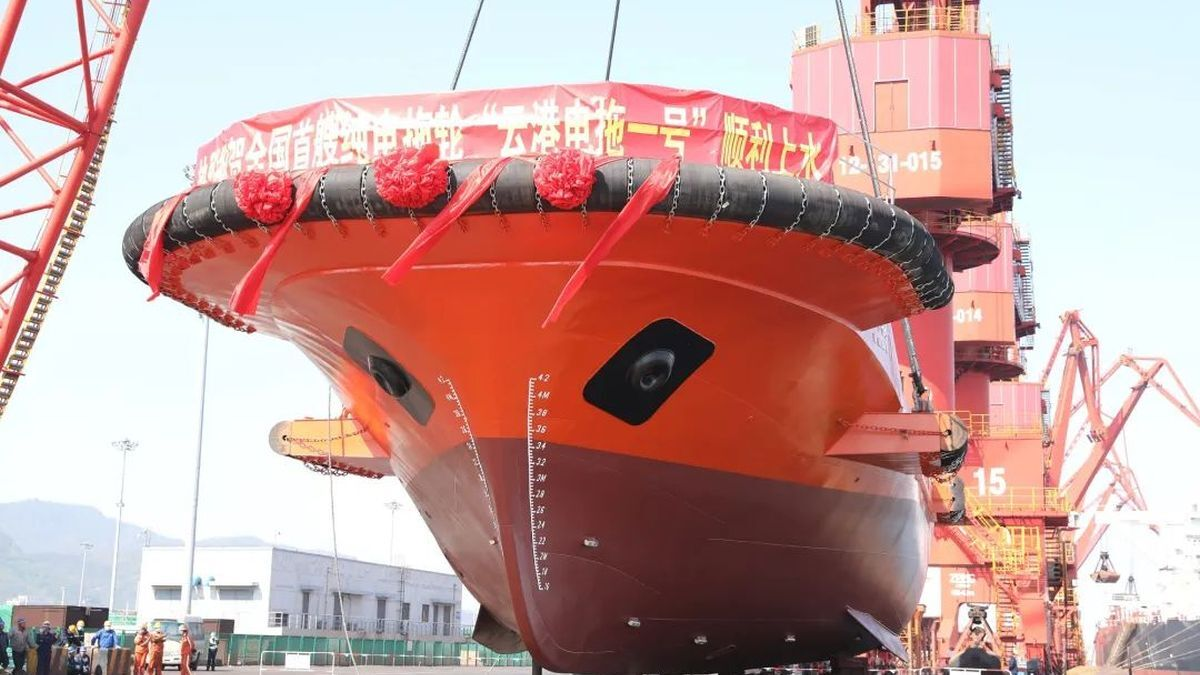 China's first electric-driven tug delivered